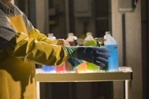 Básico de Segurança em Manipulação de Produtos Químicos