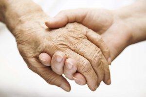 Apoio psicologico a familiares e cuidadores de doentes com demência